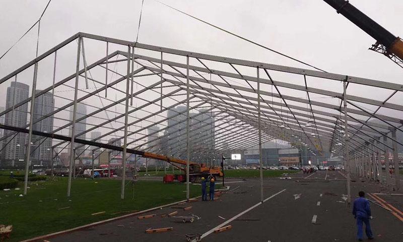 大型篷房搭建中